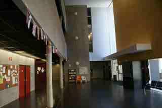 Hall d'accueil de l'Université de Strasbourg